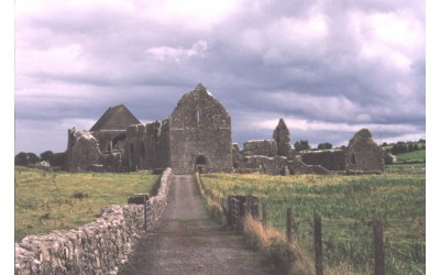 Knockmoy founded by king of connacht - ancestry.com-400x250.jpg